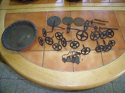 Vintage Clock Gears And Spindles.