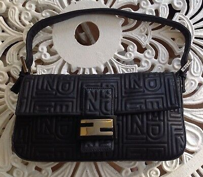b2a89923c6ed Authentic Fendi Navy Logo Embossed Nappa Leather Baguette Bag clutch 8Br600