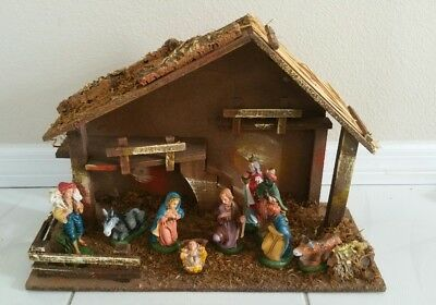 Vintage Christmas Nativity 10 Pc. Set Hand Painted Made In Italy  Wow !