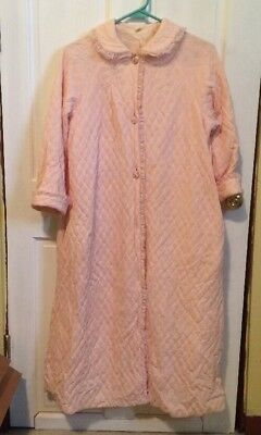 Vintage Pink Quilted Housecoat Robe Button Up Lace Trim Size S/M