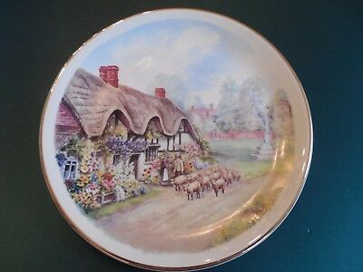 COTTAGES OF RURAL ENGLAND Plate Bishops Green Shepard/Thatch cottage/sheep/Lambs