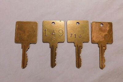 Mixed Lot of 4 Vintage Hotel/Motel Keys Brass with Square Heads - GUC