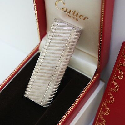 Nuovo - Accendino Les Must De Cartier 55488 Plaque Argento Briquet Lighter New