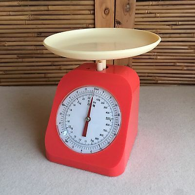 Funky RETRO Vintage JAPAN Coral PINK & Cream PLASTIC Kitchen SCALES ~ Lbs & Kgs