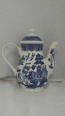 """BLUE WILLOW Coffee Pot Churchill England 9.5"""" tall excellent"""
