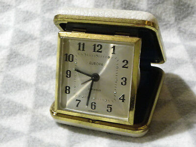Vintage Europa Wind Up Travel Alarm Clock 2 Jewels Movement GWO White Case