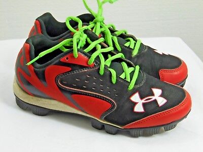 Boys Athletic Shoes Cleats Under Armour Brand Size 4.5 Y Red And Black Xx2