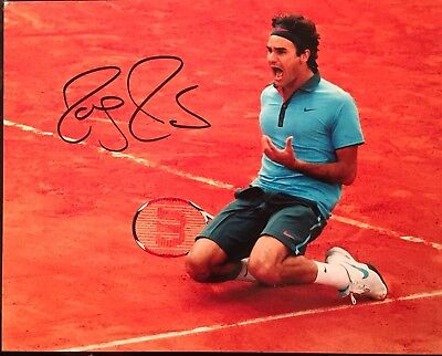 Roger Federer Autographed Authentic 8x10 Photo Rare Pristine Hand Signed