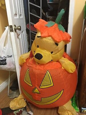 2004 4ft gemmy airblown inflatable pooh in pumpkin blow up