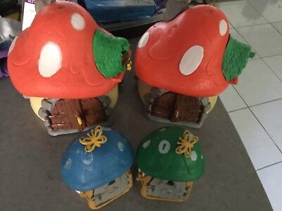 4 x smurf houses, 2 x large, 2 x small,  vintage