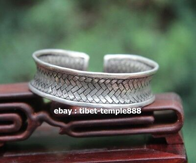 Chinese Miao Jewelry Silver Flexible rotate hollow out Bat Pattern Finger Ring