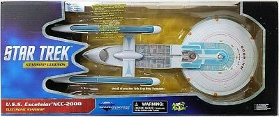 Diamond select  U.S.S Excelsior and Romulan Bird-of-Prey