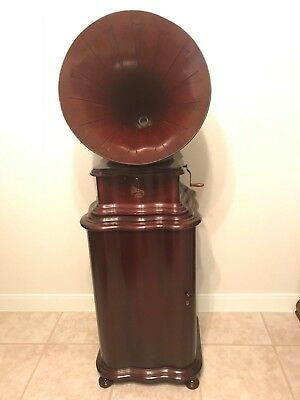 Columbia BY with Wooden Horn and Rare Matching Cabinet