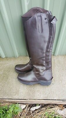 BROWN  RIDING  BOOTS  SIZE 9(  unworn)