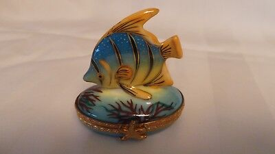 limoges box small blue & gold fish,  star fish clasp