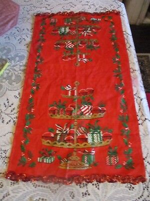 Christmas TABLE runner / cloth vintage with sequels
