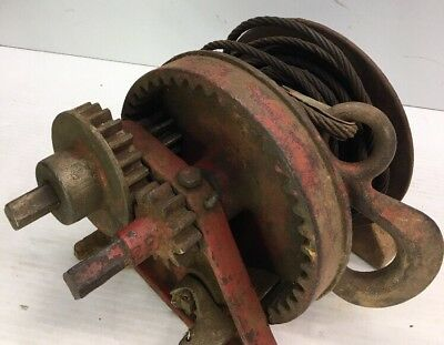 Beebe Bros. 1-Ton Hand Crank Winch (S-5) With Cable