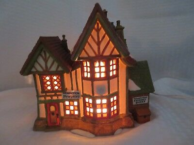 "Dept 56 Heritage Village Dickens' ""hembleton Pewterer"" With Light 1992 - Retired"