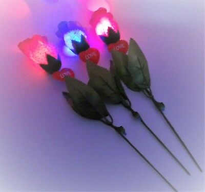LED Light-Up Colourful Roses Party Dating Concert * 3 Colours * -SALE !