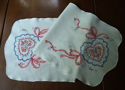 Pretty Vintage Hand Embroidered Table Runner Flowers Hearts Ribbons Valentine