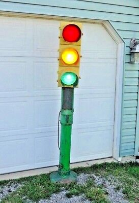 Vintage * Crouse - Hinds * Traffic Light Art Deco Iron Pole ~ Post w/h Light