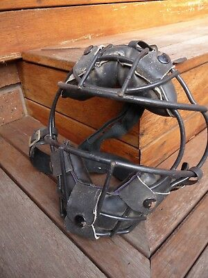 vintage antique softball/baseball catchers mask helmet collectable