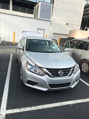 2017 Nissan Altima  car