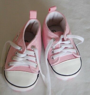 All Starts Baby Girl Converse Trainers/shoes. Pink/white Size One Soft & Padded