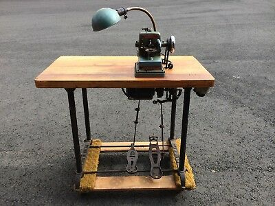 Bonis Never Stop  fur sewing machine with table and motor. working condition.
