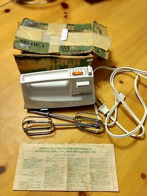 Vintage GE Custom Portable Mixer M24WH White 3 Speed Tested And Works
