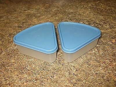 Tupperware Lot ~2 Modular Mate Sprinkles N Spice Carousel Wedge Containers~BLUE