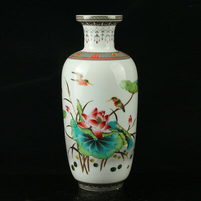 Chinese Porcelain Hand-Painted Lotus & Bird Vase Mark As The Qianlong Period  .b