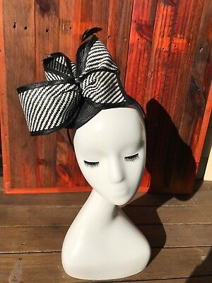 BLACK&WHITE #24 Feather Fascinator Melbourne Cup Wedding Spring Racing Handmade