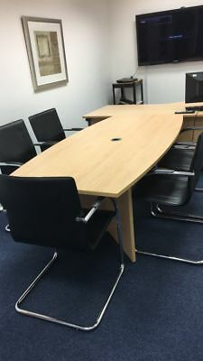 office meeting table conference board room with 4 chairs