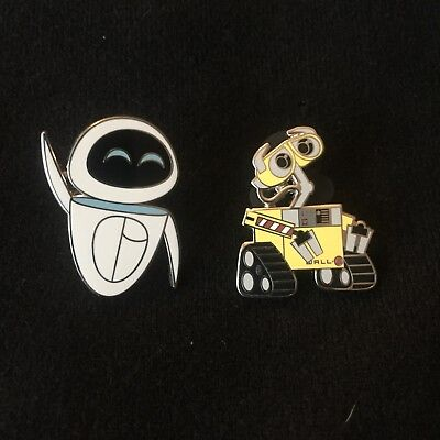 Wall-E and Eve Set of 2 Disney Pins