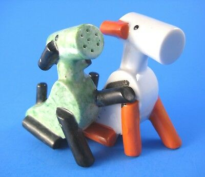 Vintage One Piece Dogs Salt and Pepper Shaker Art Deco Style Made in Japan