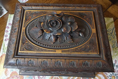 "Antique Black Forest Carved 11"" Cigar humidor, Foliage, Five Cigar Trays"
