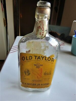 Antique Old Taylor Whiskey Bottle Frankfort, Ky one pint 1916 - 1920