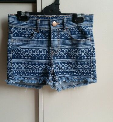 Brand New With Out Tag Girls blue, soft, stretchy, print denim shorts. Size 10.