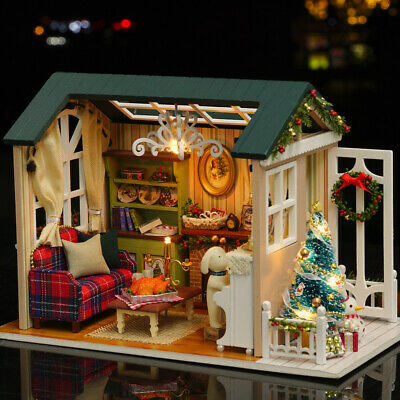 DIY Christmas Miniature Dollhouse Kit Realistic Mini 3D Wooden House Room H4Z9