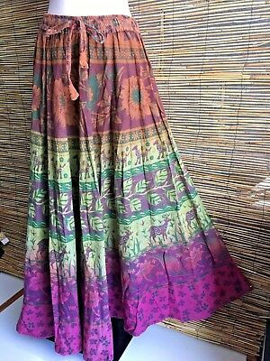 100% COTTON MAXI SKIRT.Indian fashion inspired.Earty colours.Fits many sizes.New