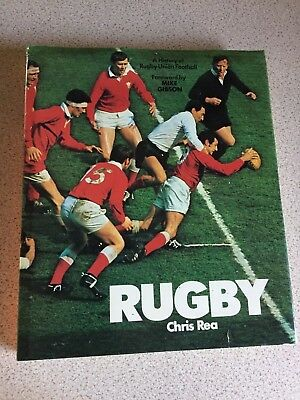Rugby Union Book from 1977 with 23 autographs, mainly from 77/78 Scotland Team