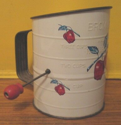 Bromwell's Sifter a Fine Investment! Vtg, Apple Decor