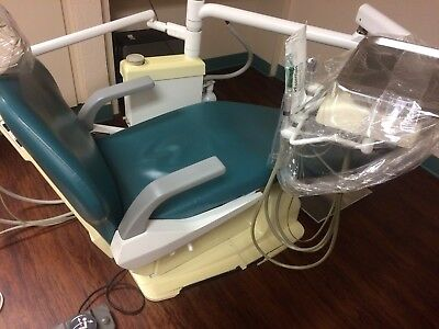 Belmont Dental Chair and Front Delivery Unit + Light