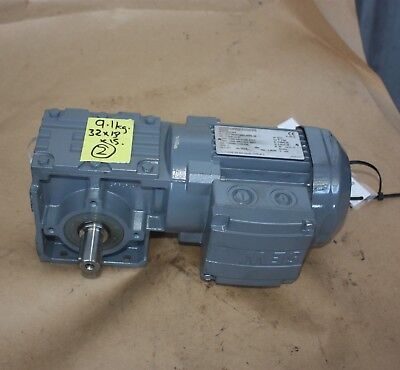 SEW Eurodrive W30 DR63S4 electric motor gearbox 32.5:1 0.12kW 3 PHASE - NEW