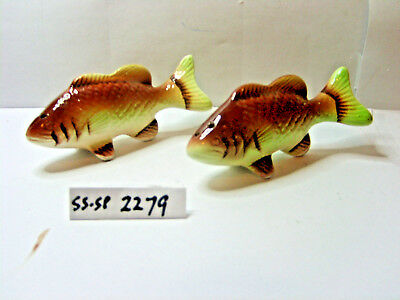 fish salt and pepper shakers