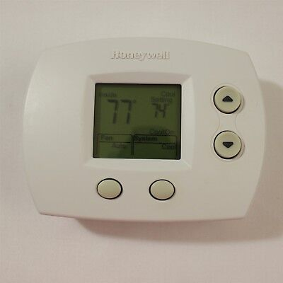 Honeywell TH5110D1006 Thermostat Focus Pro Non-Programmable