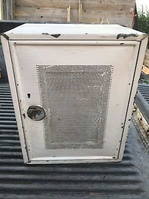 Original Vintage Meat/Cheese/egg Safe WITH WORKING KEY