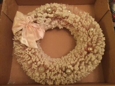 "1950s Pink Bottlebrush Wreath 15"" Original Box Flocked Snow Christmas vintage"
