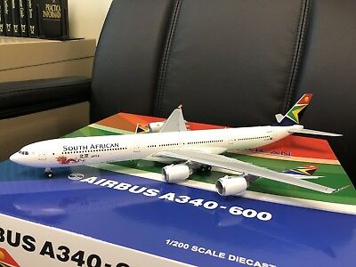 JC Wings 1:200 Airbus A340-600 South African ZS-SNG 'Beijing 2012' (with stand)